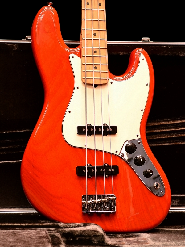 Fender Jazz Bass, Sunset Orange Transparent over premium Ash. 2005