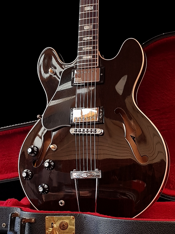 Gibson ES-335, 1979, Walnut – LEFTY